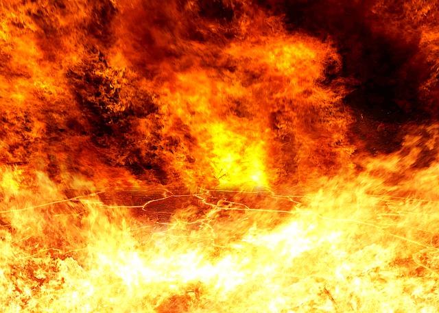 Ayah, Jagalah Keluargamu Dari Api Neraka!