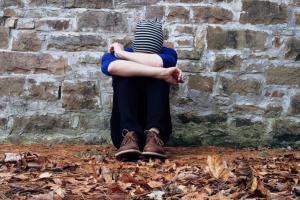 7 Cara Mengatasi Rasa Kesepian Untuk Hidup Lebih Bahagia