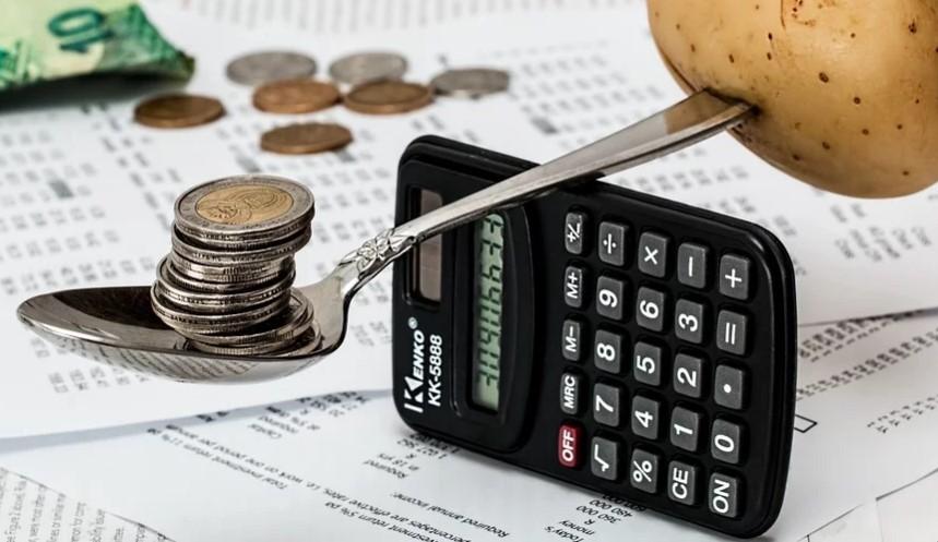 Cerdas, 7 Cara Mengatur Keuangan Rumah Tangga Agar Bisa Menabung