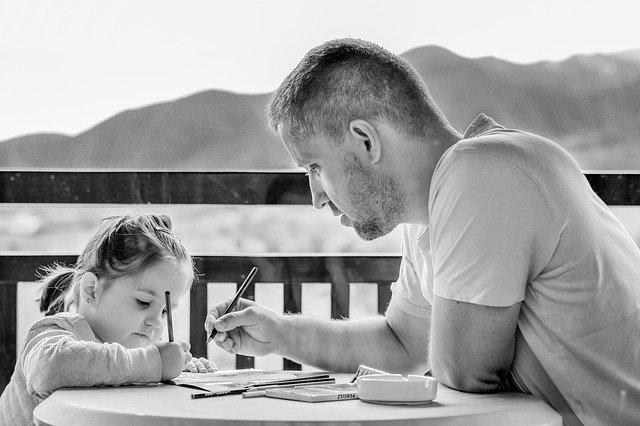 5 Cara Menyenangkan Mengajarkan Anak Bahasa Asing