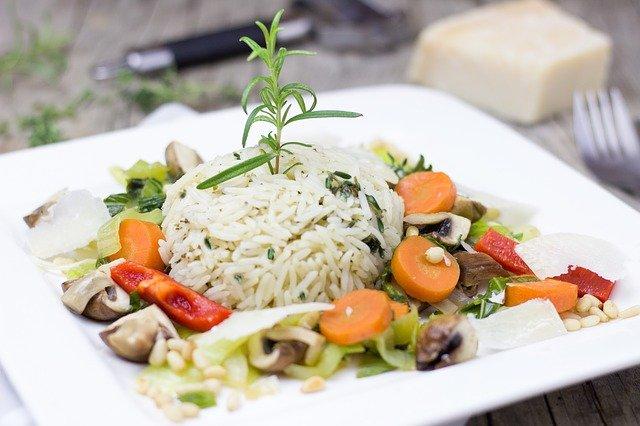 Cara Ampuh agar Anak Mau Makan Nasi